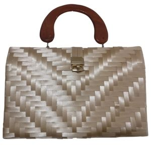🇨🇦 Vintage wicker box purse